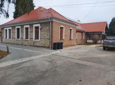 Árpádtetői irodaház